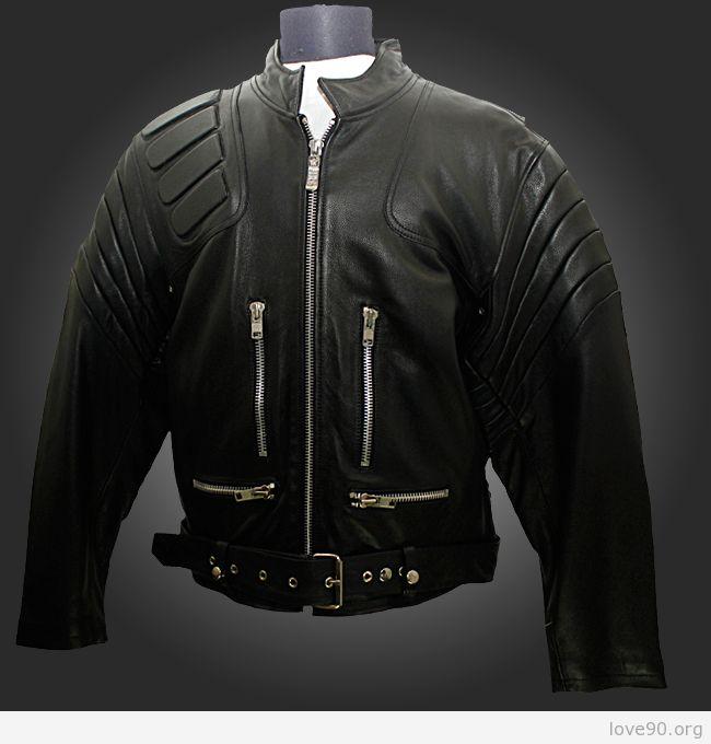 Кожаная куртка в стиле терминатор.