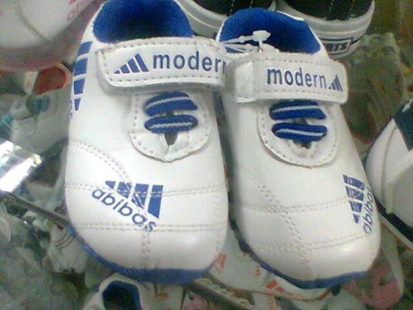 Какую обувь носили в 90-х?